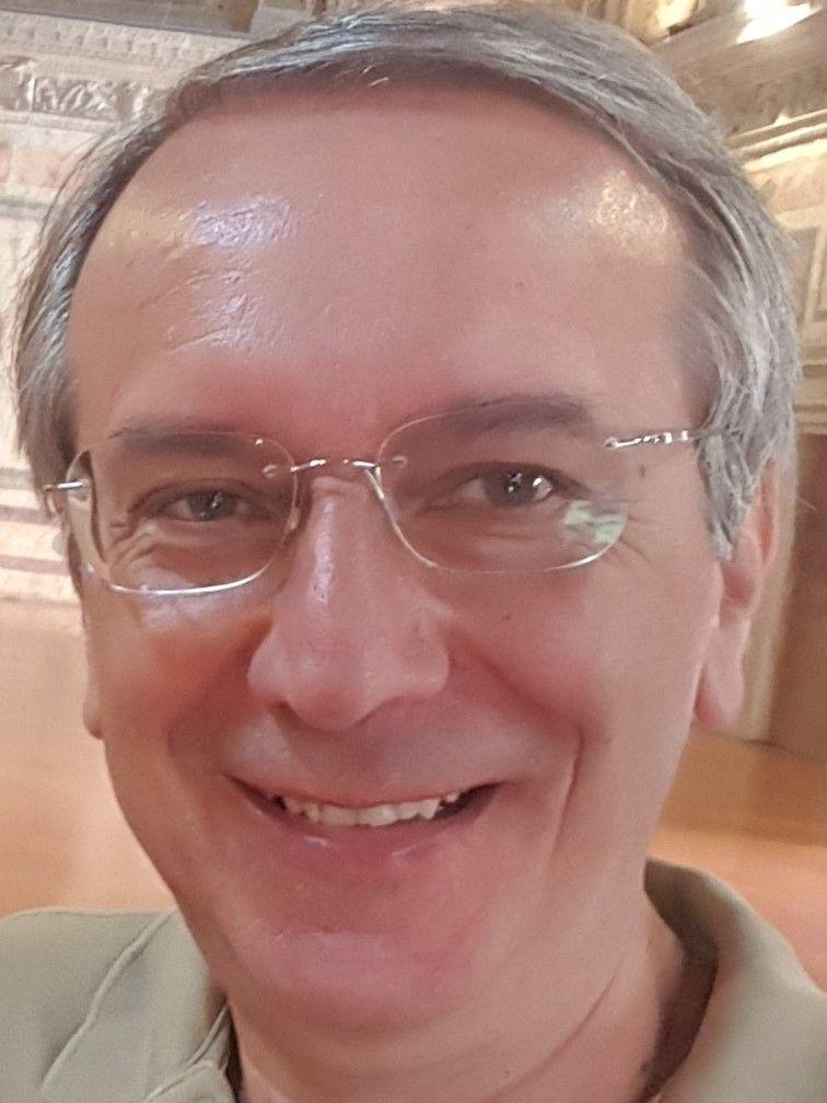 Mario Tribuzio-Consulente Alberghiero