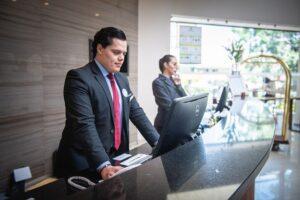 Come fare per diventare receptionist